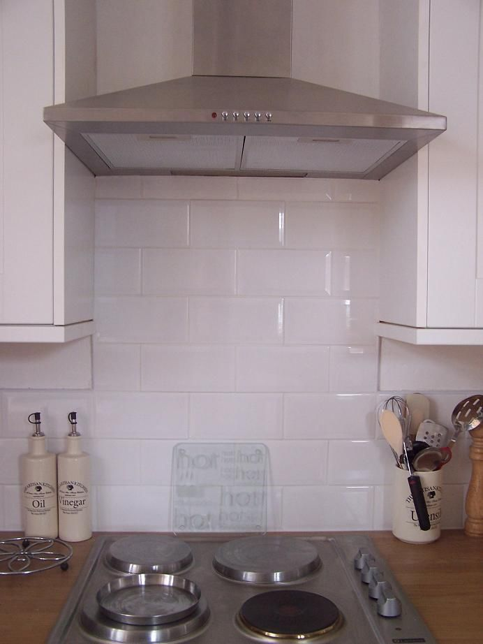 Bevelled edge metro gloss white brick tile deal 20 x 10 - White kitchen brick tiles ...